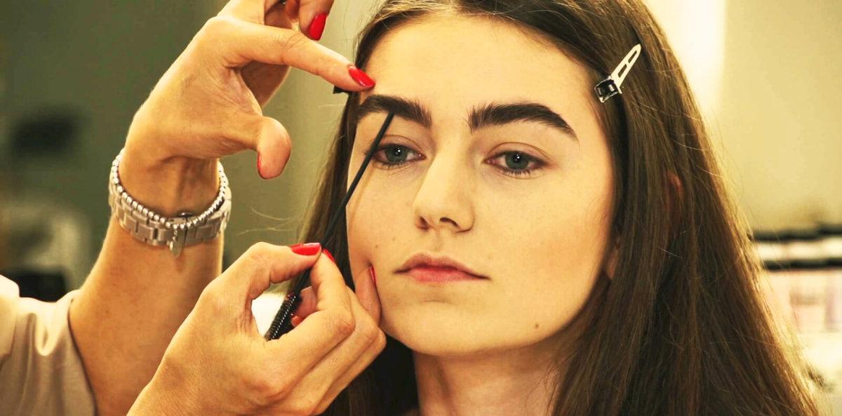 Как сделать брови красивыми и густыми