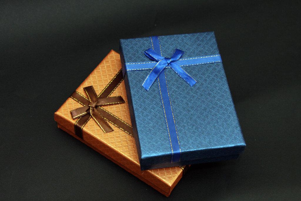 Упаковка подарков картина 75