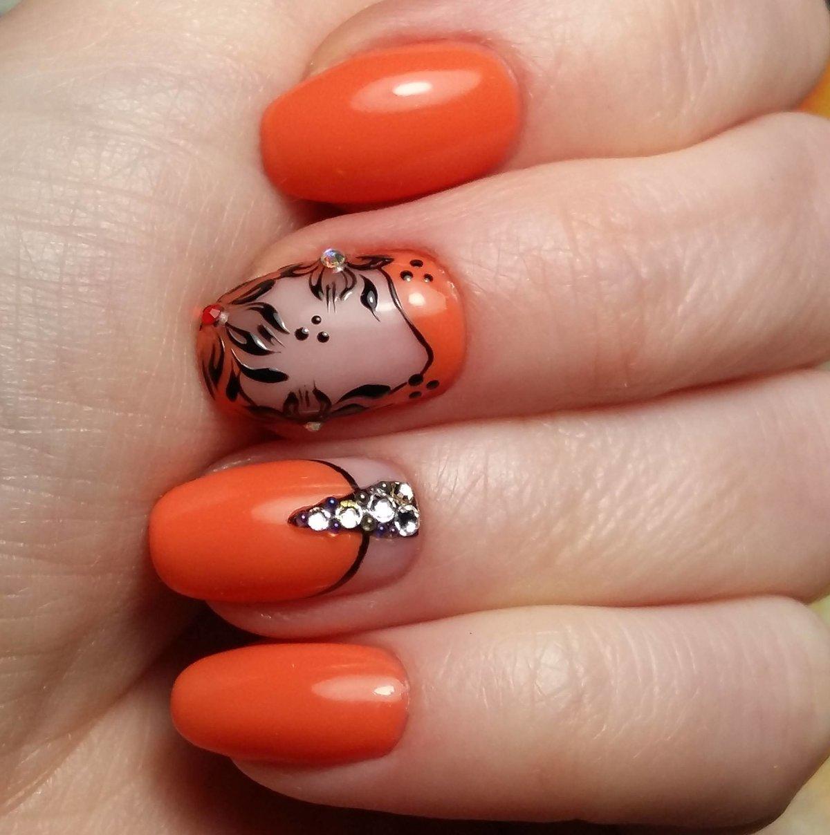 Фото ногтей гель лака оранжевый