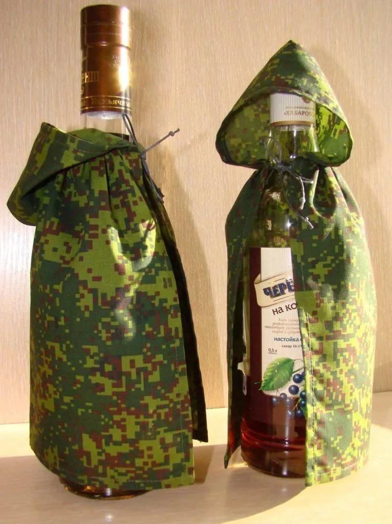 Подарок из бутылок водки 927