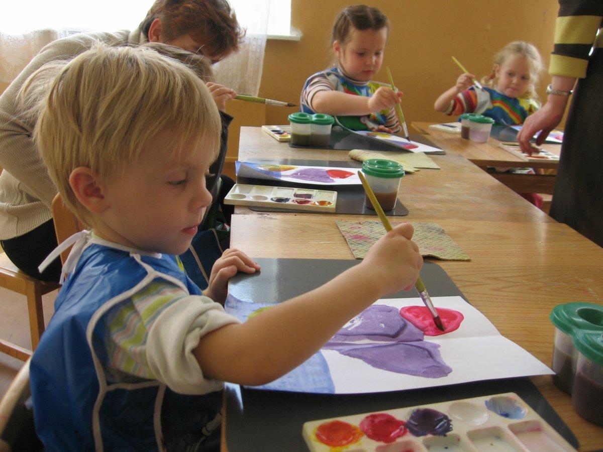 Рисовать красками для детей фото