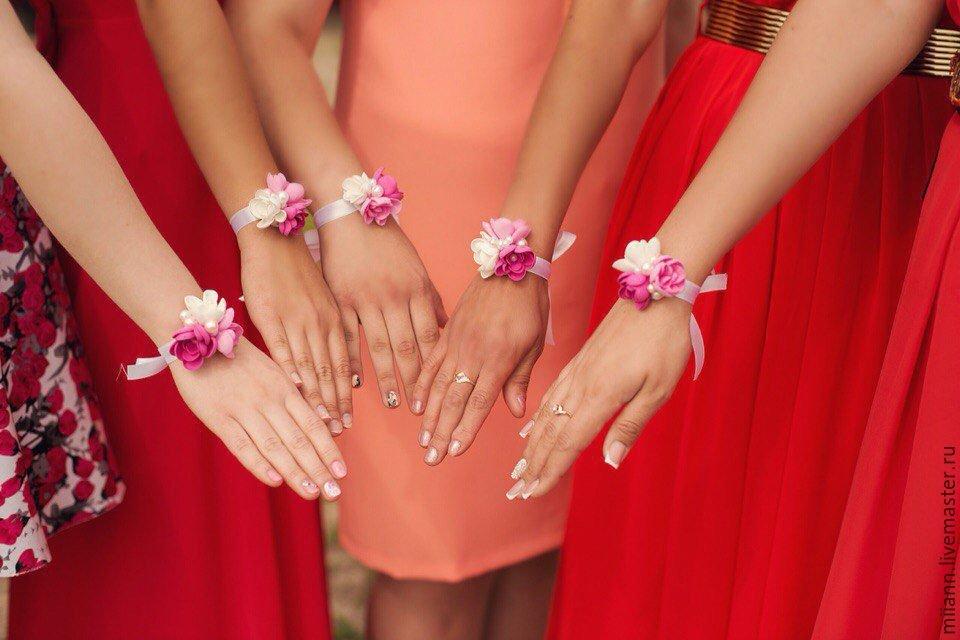 Цветы на руку своими руками для подружек невесты 694