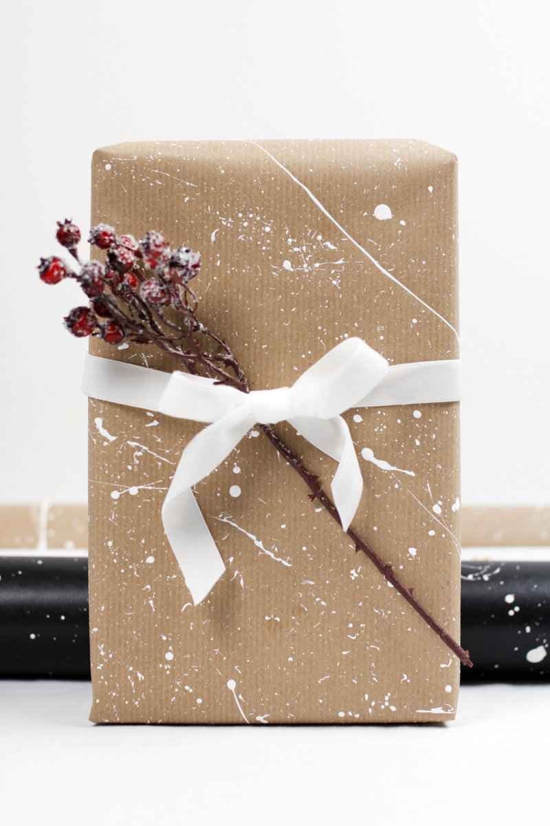 Упаковка подарков академическая 67