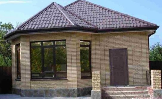 Дизайн крыши с эркером