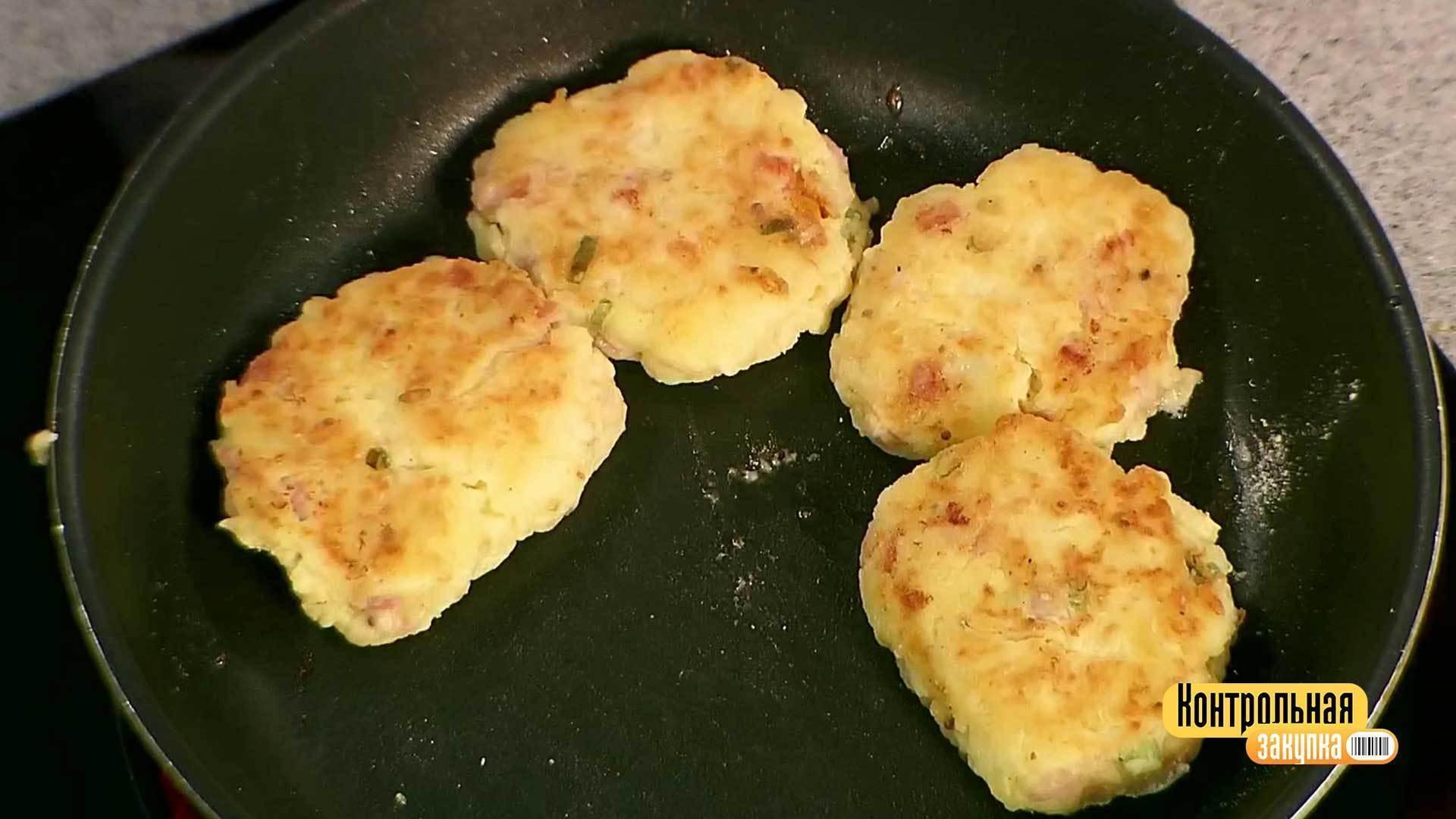 Картофельные котлеты с ветчиной и сыром рецепт пошагово