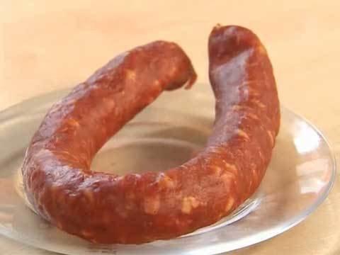 Что можно приготовить из полукопченой колбасы