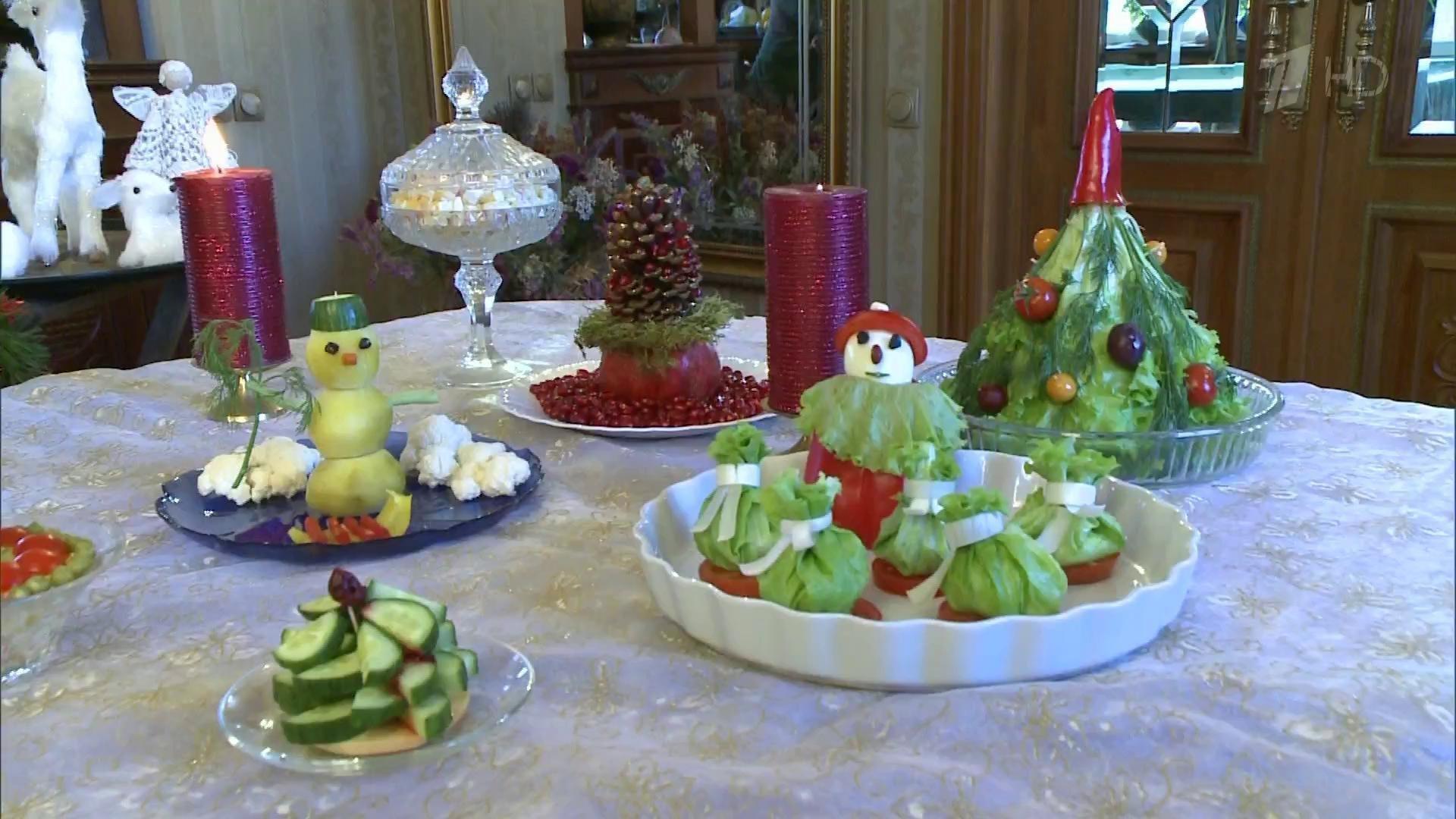 Как сделать украшение для праздничного стола