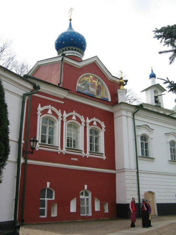 монастырь — Свято-Успенский Псково-Печерский монастырь — Печоры, фото №9