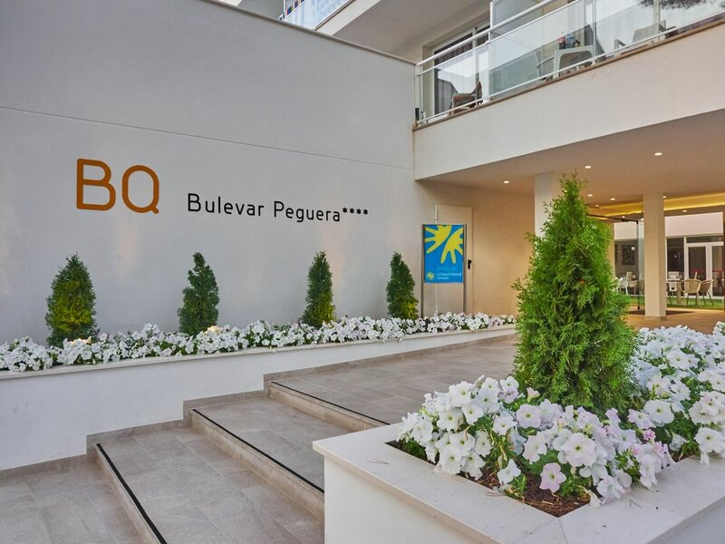 Bq Bulevar Peguera - Adults Only