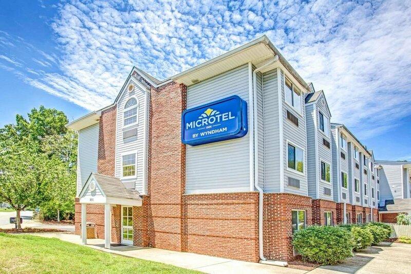 Microtel Inn by Wyndham Newport News Airport