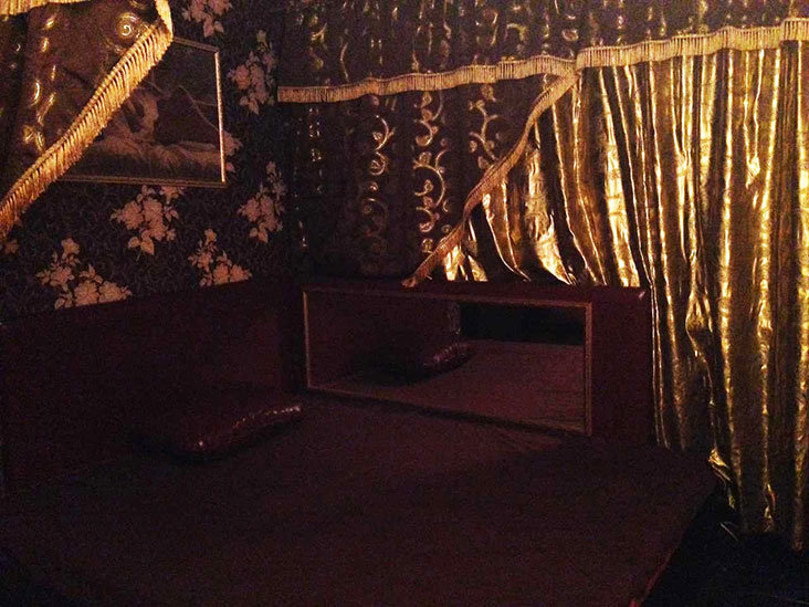 Салон эротического массажа красивая жизнь магнитогорск индивидуалки проститутки города томска