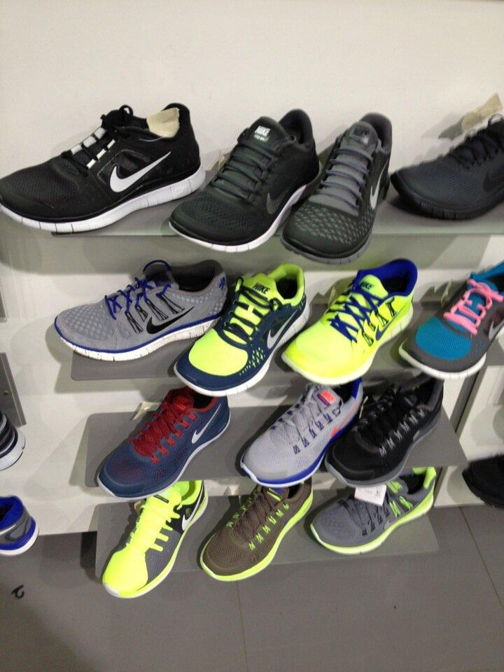 ff986e66 Nike - спортивная одежда и обувь, метро Уральская, Екатеринбург ...