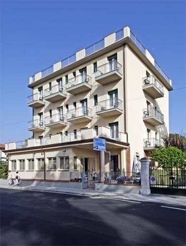 Hotel Ristorante La Terrazza - hotel, Lido di Camaiore — photos ...