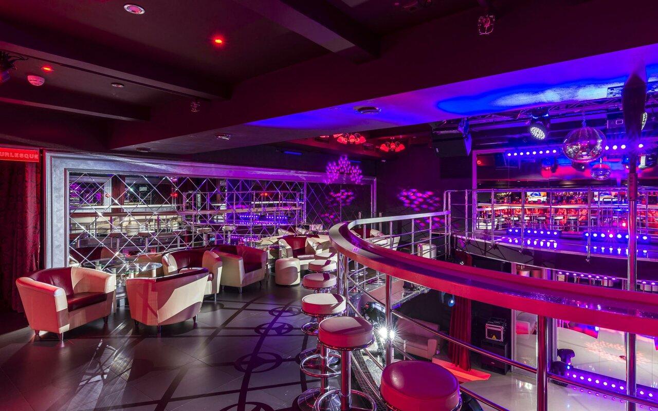 Burlesque москва джаз клубы кафе в москве