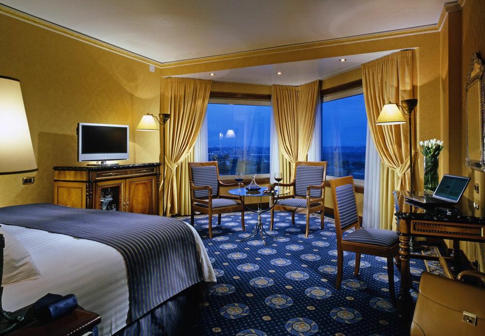 Фото номера крутого отеля в испании