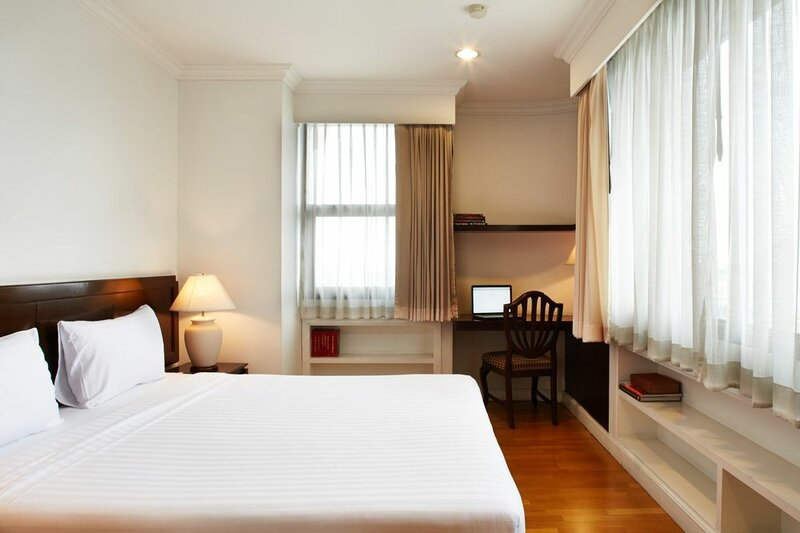 Riverine Place Hotel and Residence