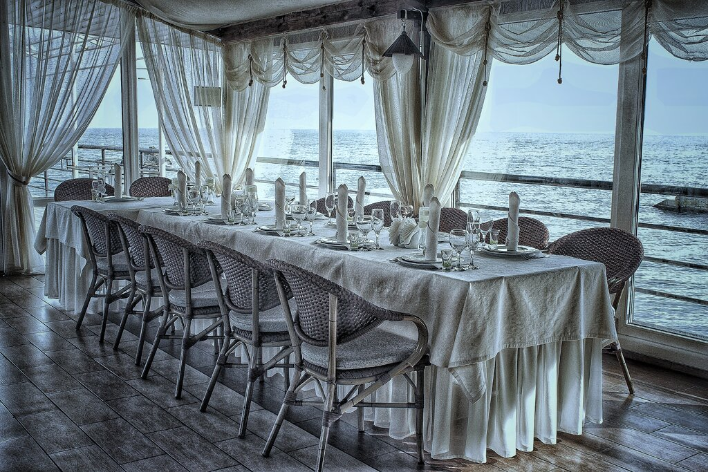 примере рестораны алушты фото омской области открылся