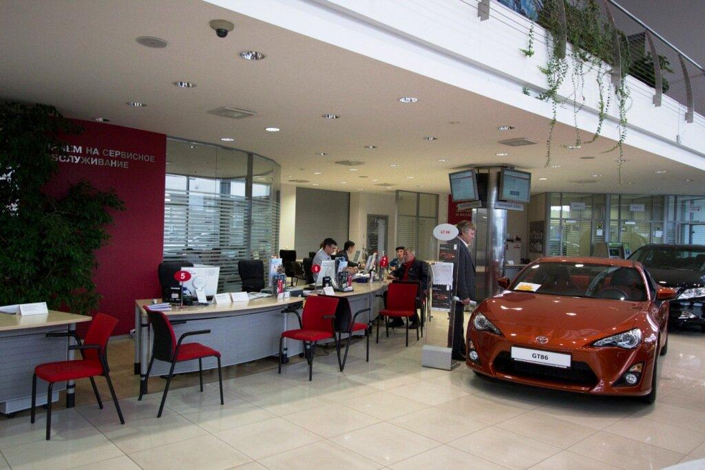 автосалон — Тойота центр екатеринбург запад — Екатеринбург, фото №6
