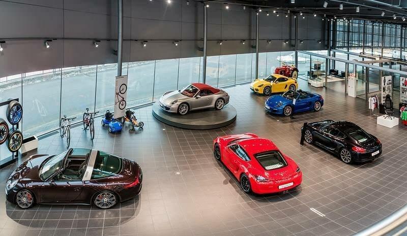 Автосалон в москве спорткары ростов на дону автоломбард авто купить