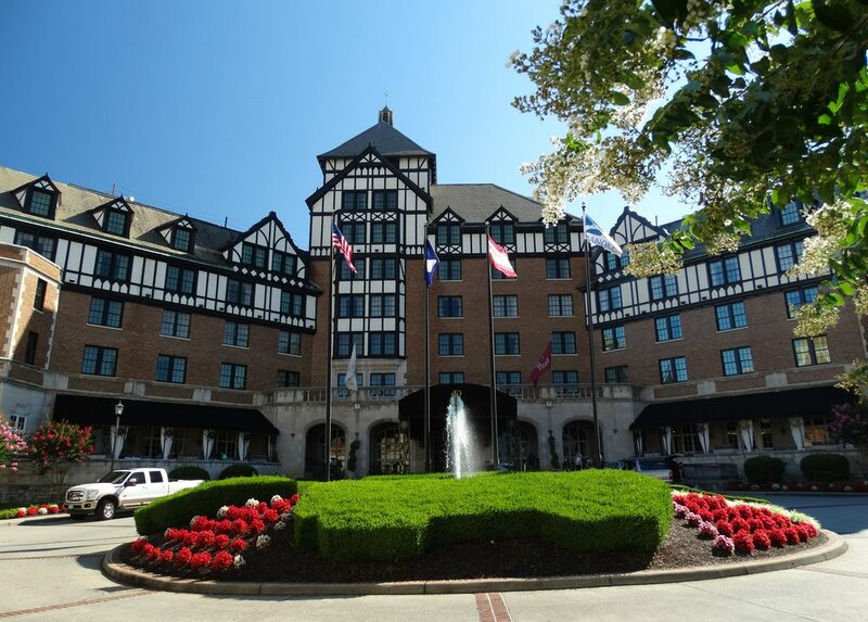 Roanoke And Conference Center, Curio Collection by Hilton