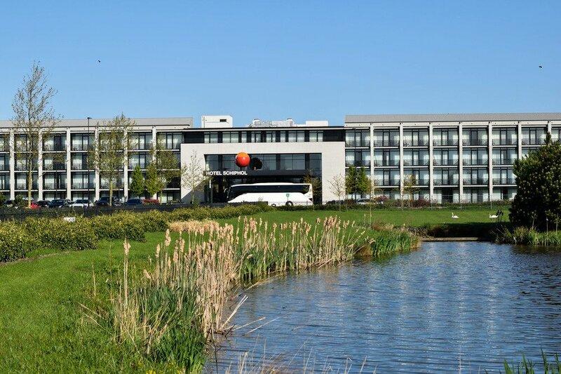 Отель Van der Valk Schiphol A4