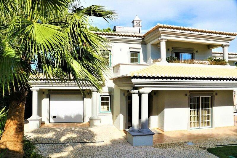 Charming Exceptional Villa in Algarve