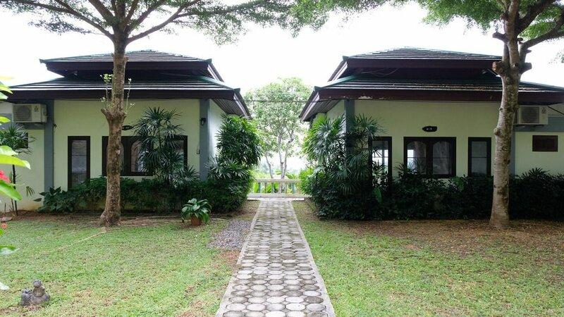 Khaolak Hillside Villa