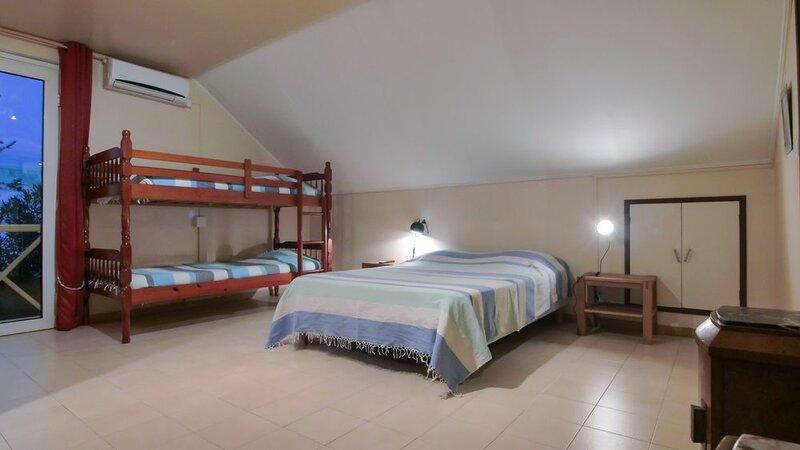 Hotel Coco Island