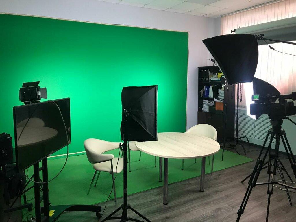 специальных звуковых снять фотостудию со студийным зеленым фоном наступлением зимы