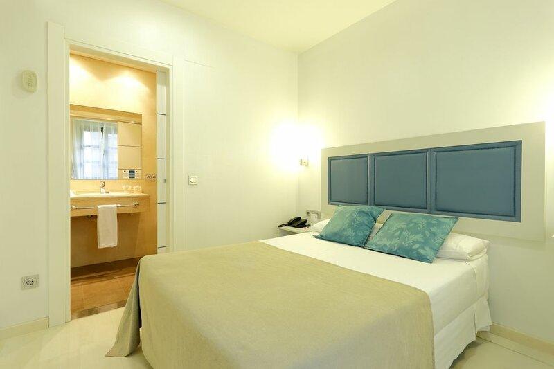 Hotel Santa Rosa, Blue Hoteles