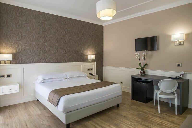 Hotel Alimandi VIA Tunisi