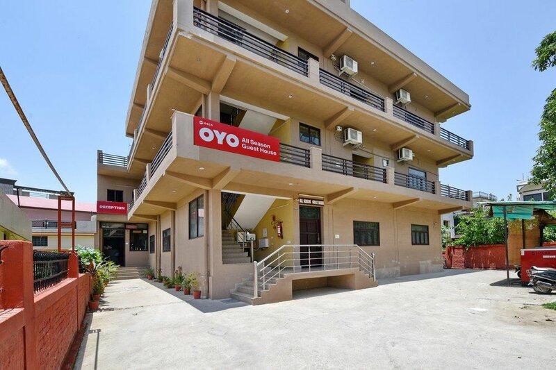Oyo 4464 Near Chakrata Road