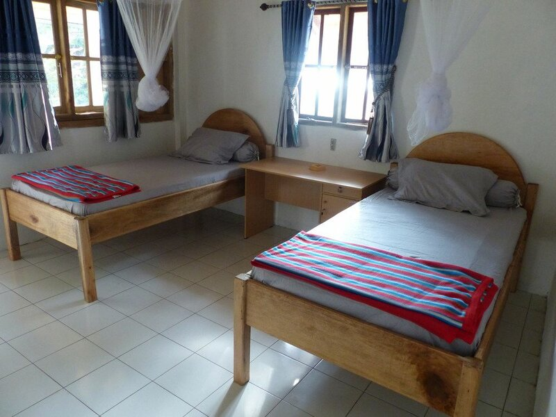 Krui Surf Camp Hotel Mutiara Alam Zandino