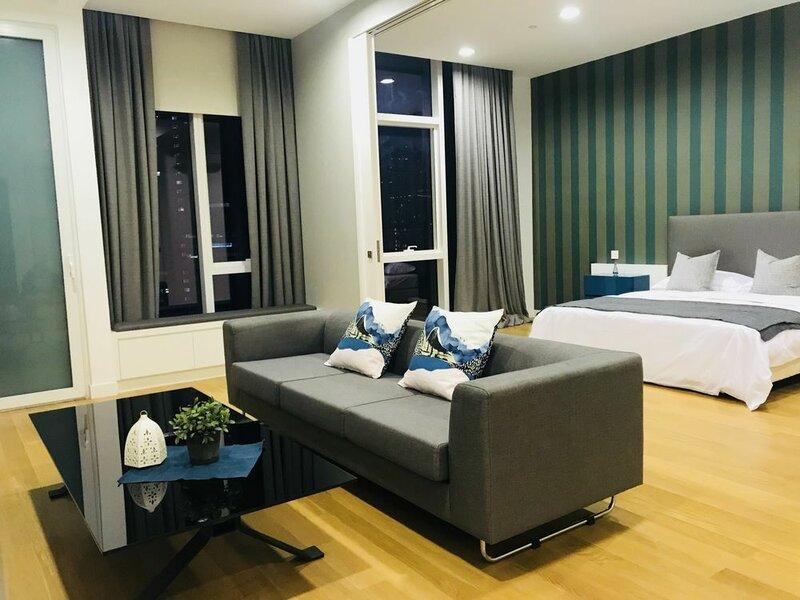 Luxury Platinum Suites Klcc by 7Stone
