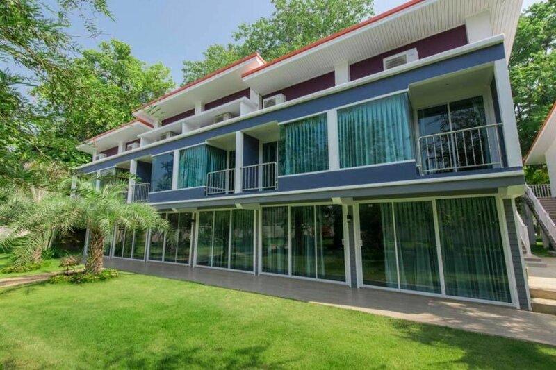 Macan Resort