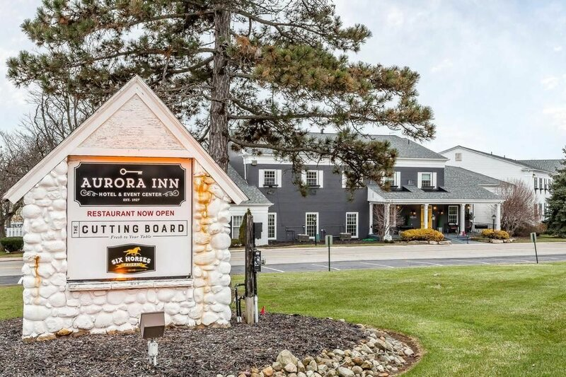Aurora Inn Hotel and Event Center, Ascend Hotel Collection