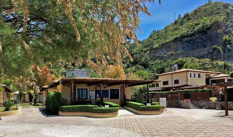 Arcomagno Village Club