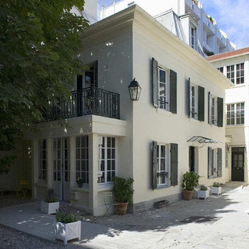 The Helzear Montparnasse Rive Gauche Suites