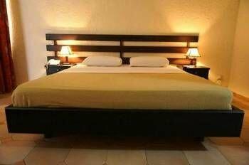 Lungi Airport Hotel