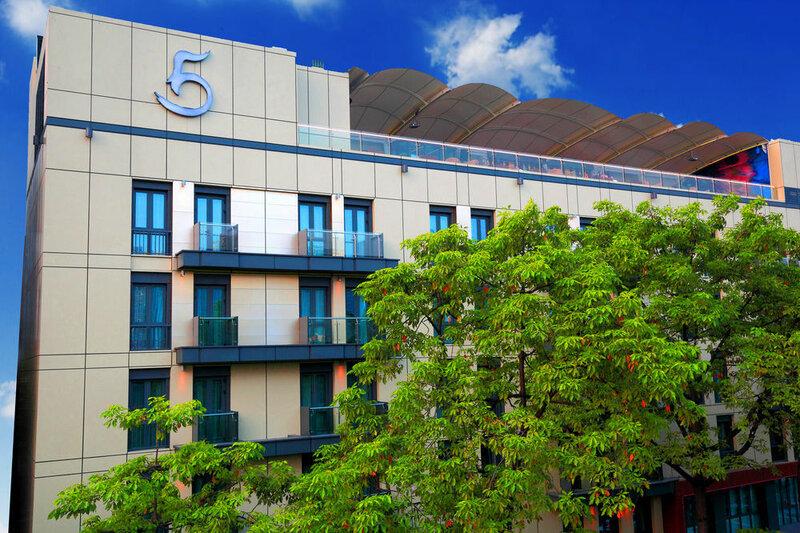 Ln Hotel Five