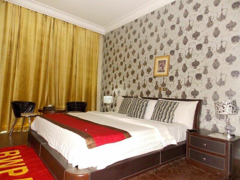Ajuji Greenwich Hotel