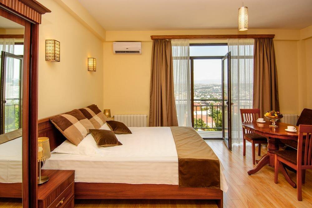 гостиница — Бритиш хаус — Тбилиси, фото №1