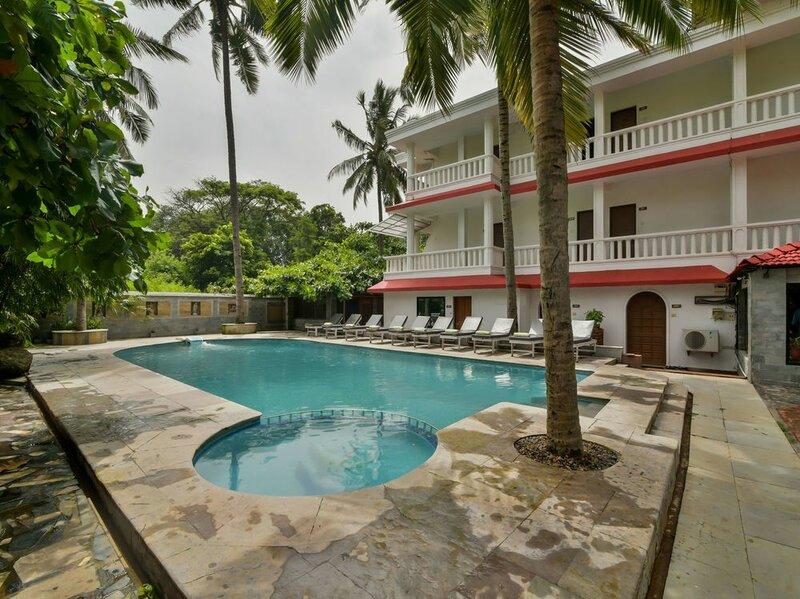 Oyo 4977 Kristal Sands Beach Resort