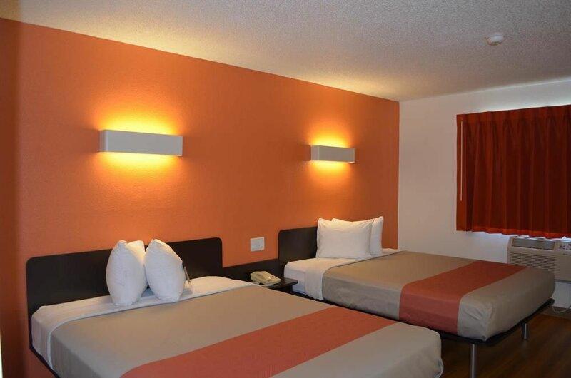 Motel 6 Kingsland - Kings Bay Naval Base