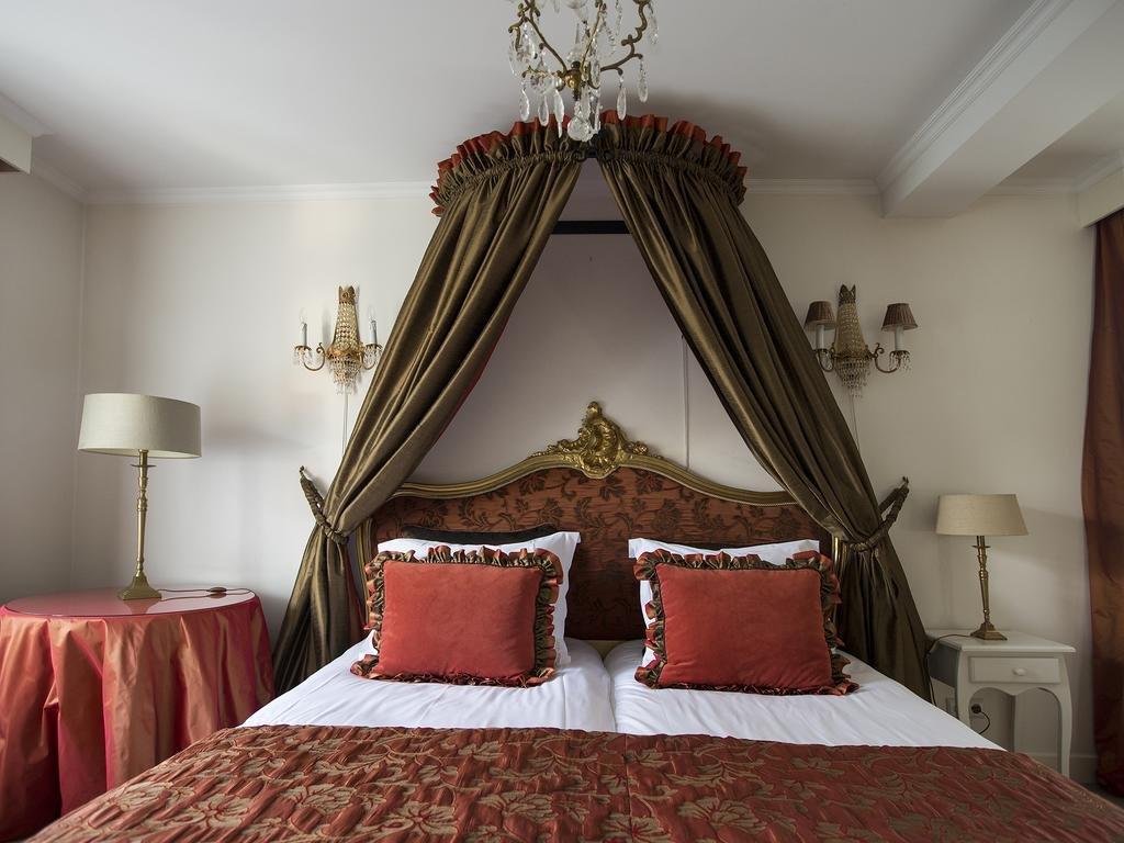 емниште замок отель фото трех люксов ягоды