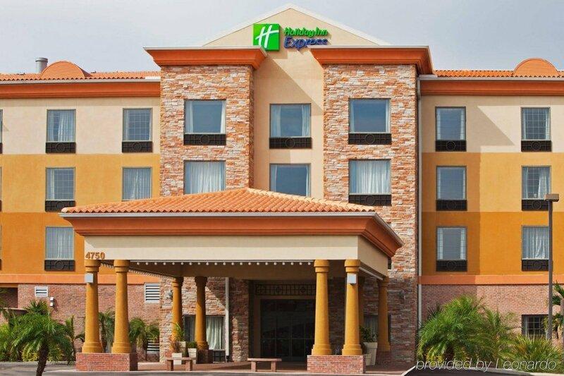 Tampa Stadium Hotel