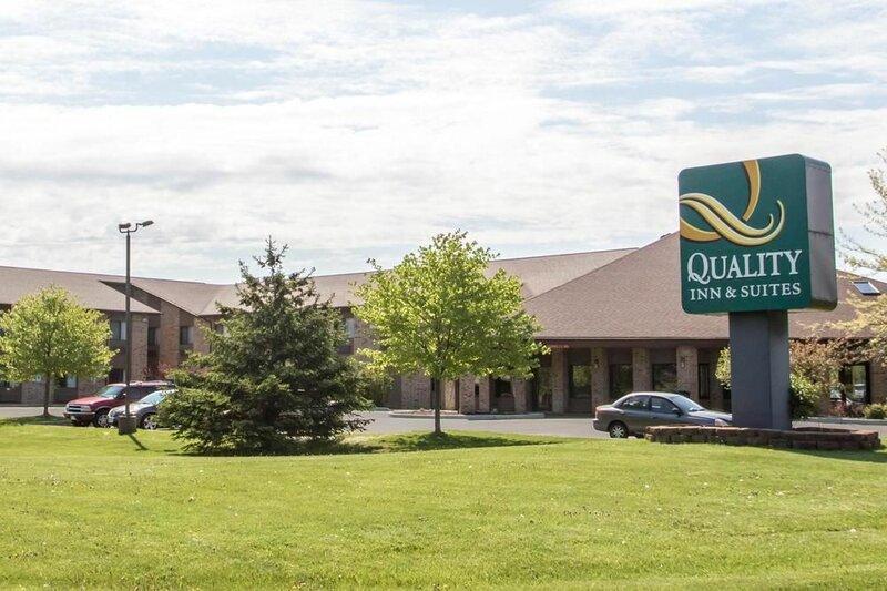Quality Inn & Suites Sun Prairie Madison East