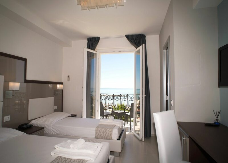 Baia Marina Hotel
