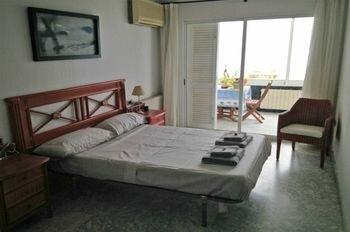 Rits Costa Dorada Apartments