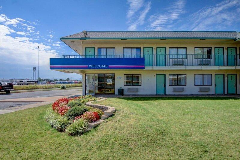 Motel 6 Tulsa West